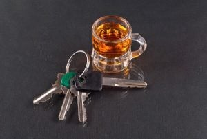 keys and drinks symbolizes DUI